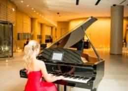 pianist for hire, Event Organizers in Dubai, piano player, pianist dubai, female Piano player, pianist in dubai