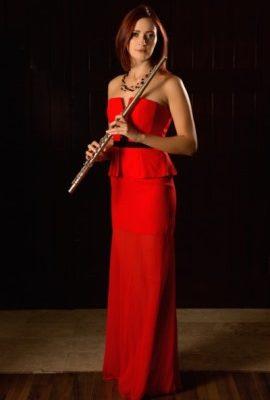 """<a href=""""http://artistrelatedgroup.com/flute-player-dubai/"""" title=""""flute player dubai"""">Dasha Flutist</a>"""
